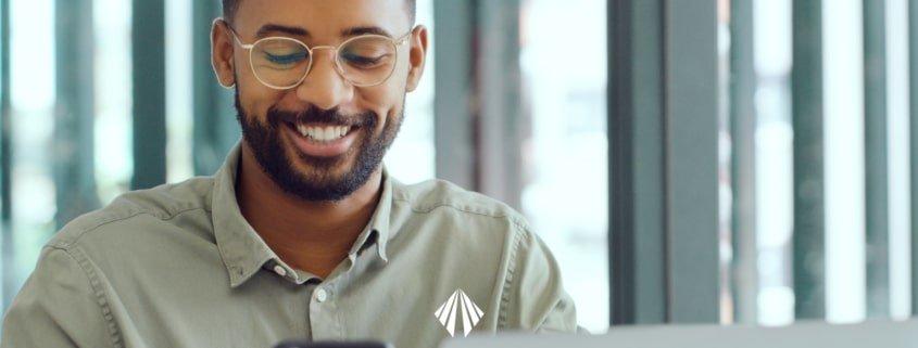 A gestão contábil da empresa está diretamente relacionada à saúde financeira do negócio. Com um outsourcing especializado, é possível fazer uma gestão estratégica no erp protheus para encontrar informações essenciais para as tomadas de decisão que vão multiplicar seus lucros. Veja como! | atlas contabilidade